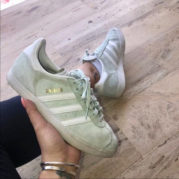 Adidas Gazelle aqua Shoes size 7